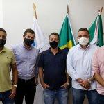 Prefeito Joa se reúne com representantes do Instituto Niemeyer